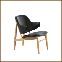 Larsen Chair PU Leather HK$2,250