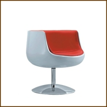 Wineglass Chair with Steel Leg HK$1,880